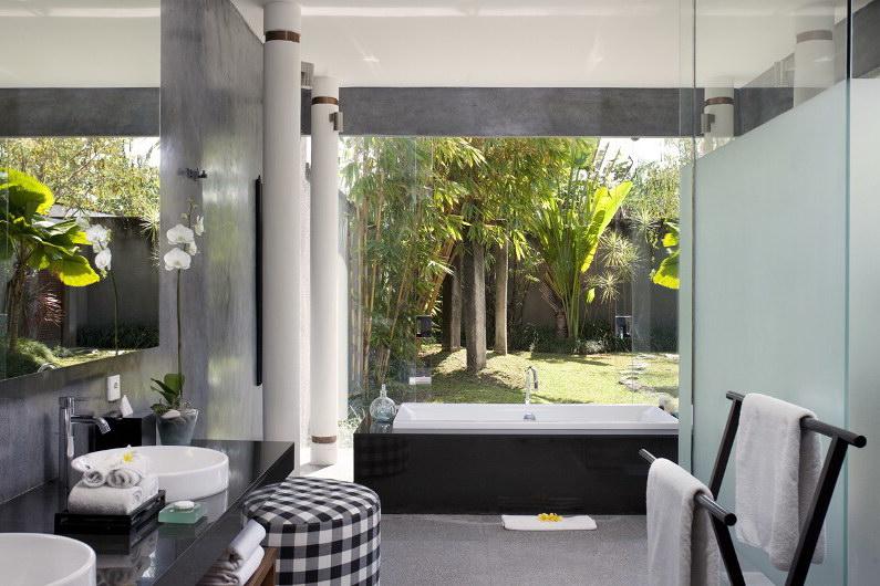 Villa Dewi Sri 111 22784039795