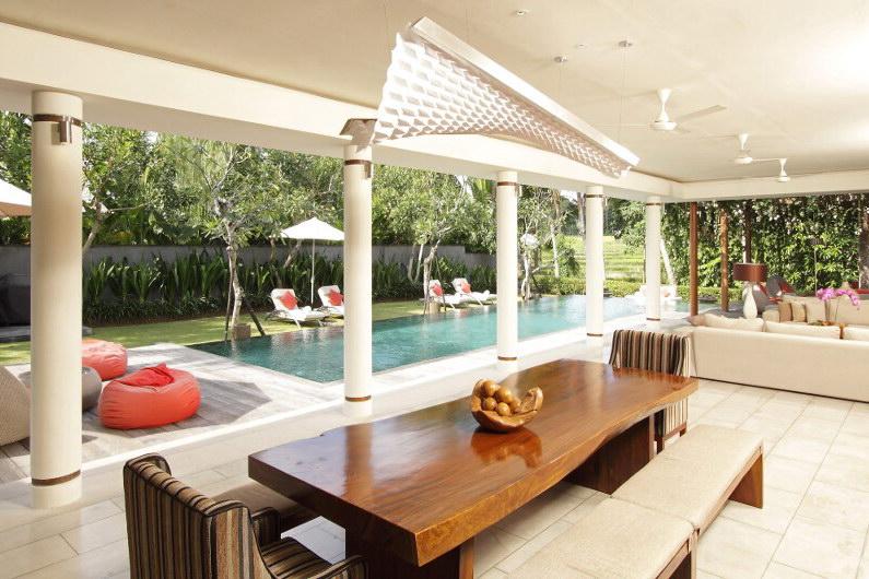 Villa Dewi Sri 111 95546278598