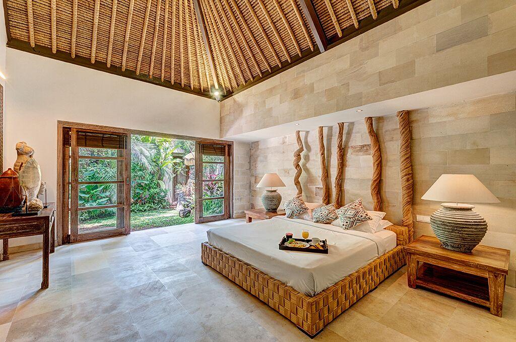 Villa Massilia 136 99134987735