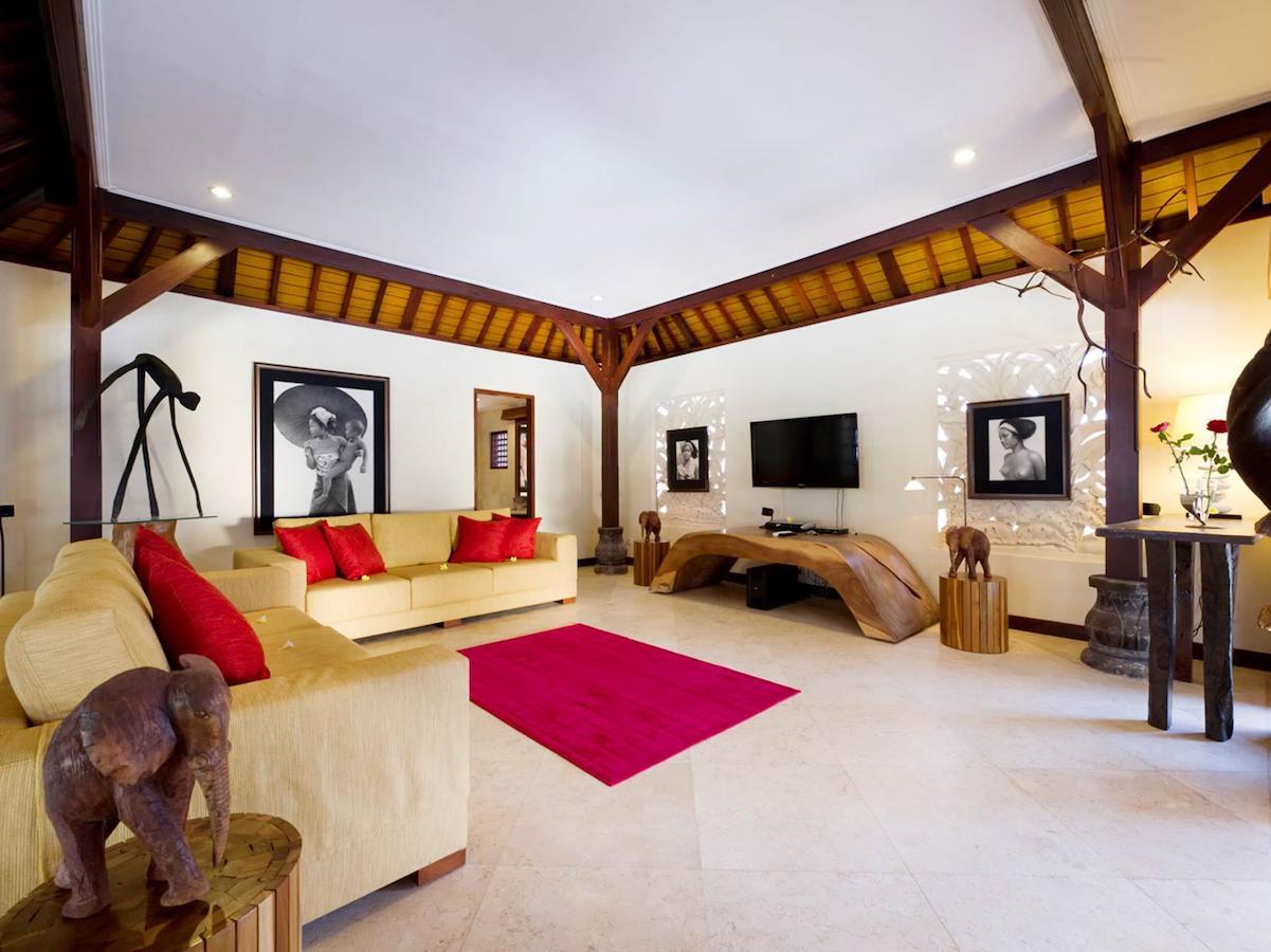 Villa San 153 578048037813