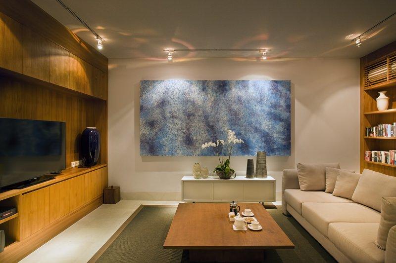 Villa Cendrawasih 160 19391544538 Sofa And Mini Library In TV Room