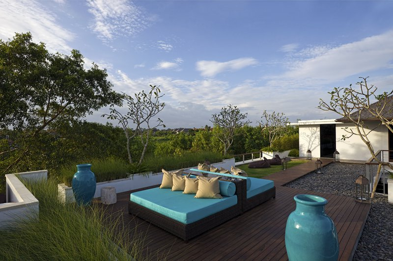 Villa Cendrawasih 160 562470081219 Upstairs Living Deck