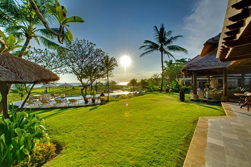 Villa Sungai Tinggi   Pool And Garden At Sunset Copy