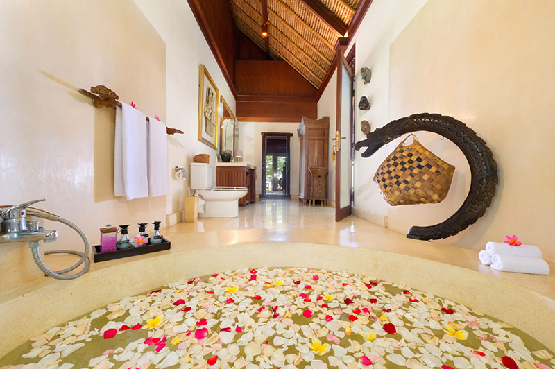 Villa Sungai Tinggi   Master Bathroom Copy