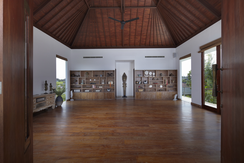 Yoga_Hall