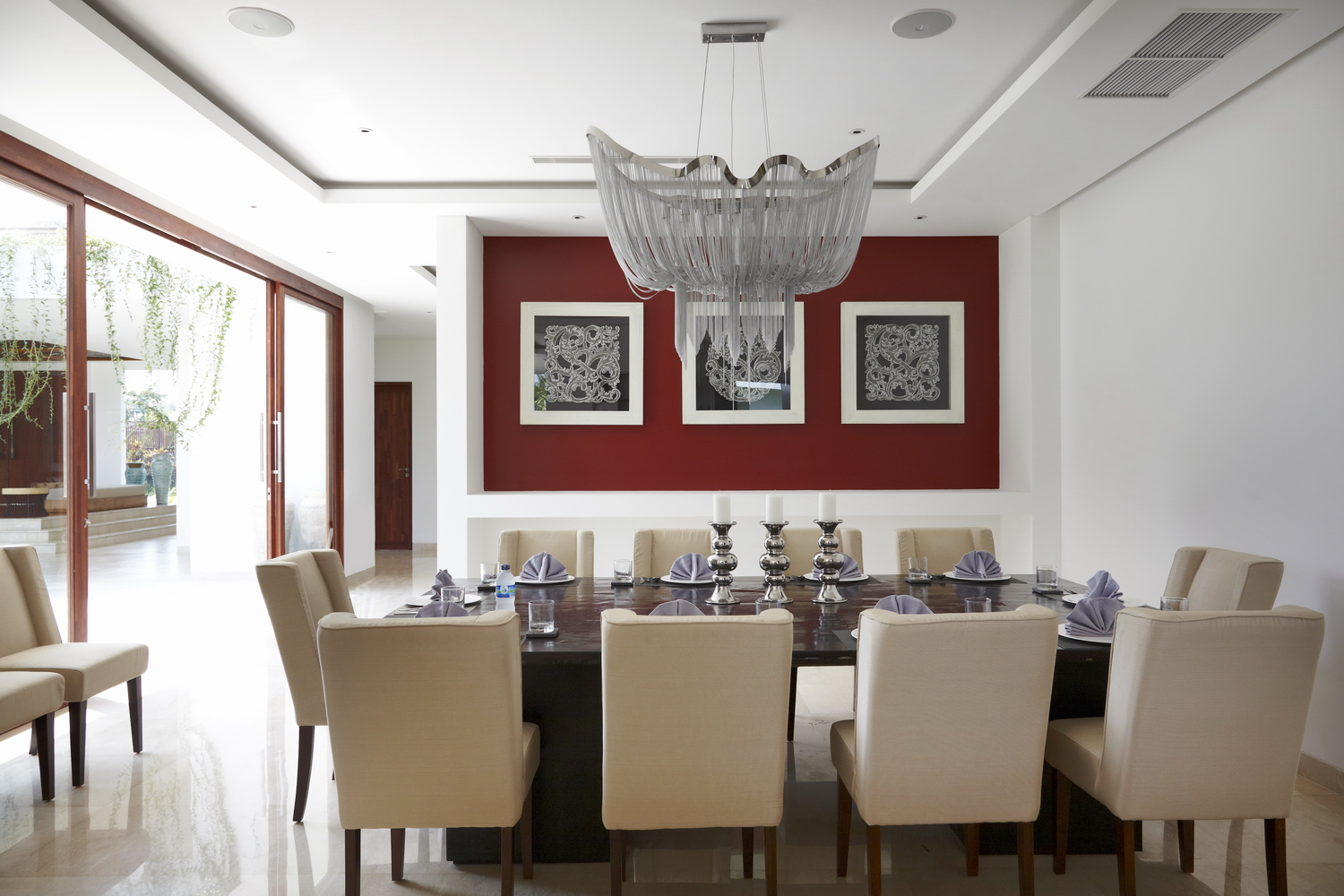 Formal_Dining_For_10_Persons