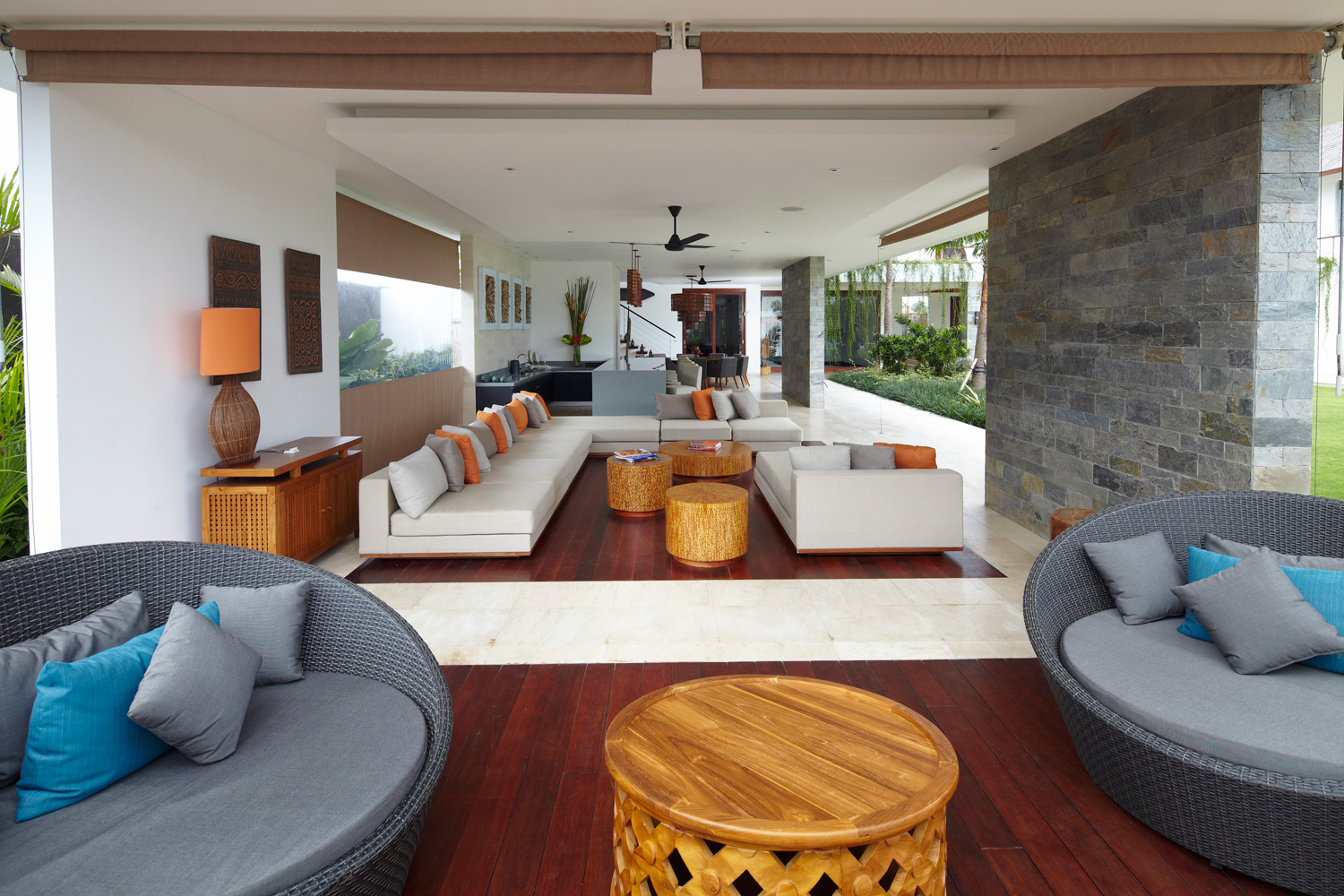 Open_Style_Living_Area