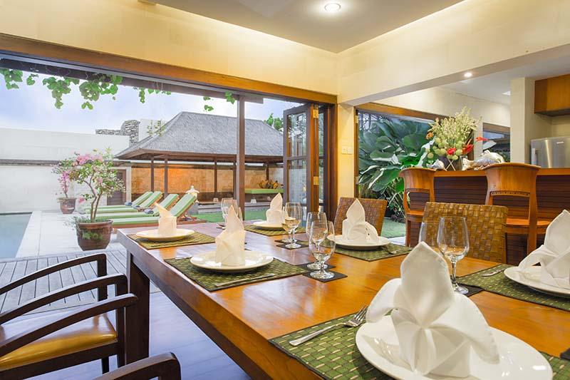 Villa Bayu Gita Residence Dining