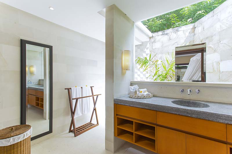 Villa Bayu Gita Residence Bedroom Three Ensuite