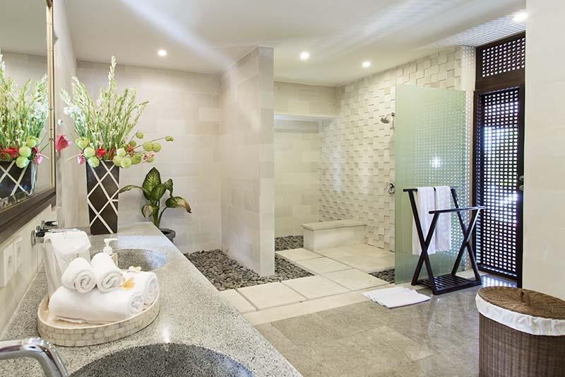 Villa Bayu Gita Residence Bedroom Two Ensuite