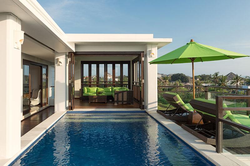 Villa LuWih 211 302416252932 Pool Area