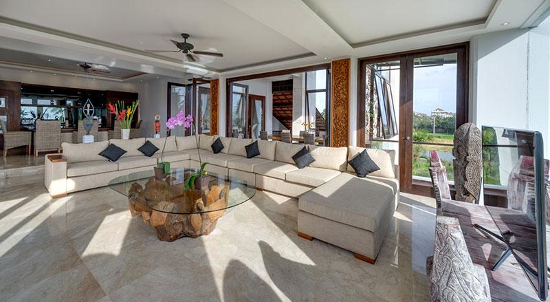 Villa LuWih 211 387408243013 Living Area