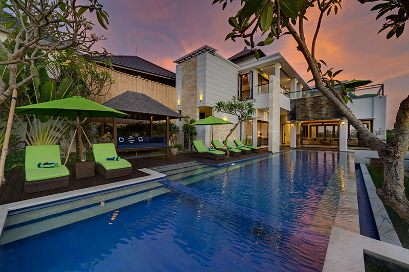 Villa LuWih 211 950632877628 Pool Area