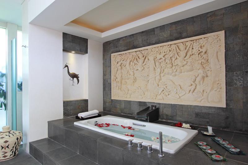 Villa Kemala 218 38262722455 Bathroom