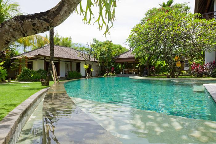 Villa Maharaj Pool Guest Bedrooms