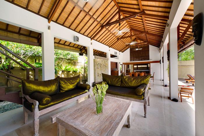 Villa Maharaj Living Room Too