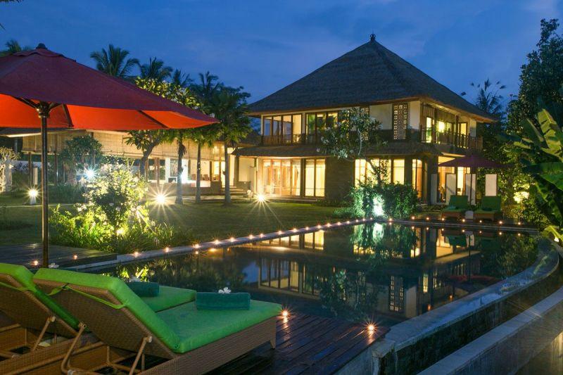 Villa Vastu 227 460693968430 The Villa At Night
