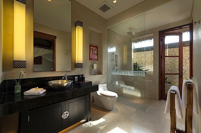 Kaba Kaba Estate 231 84453416385 Bathroom