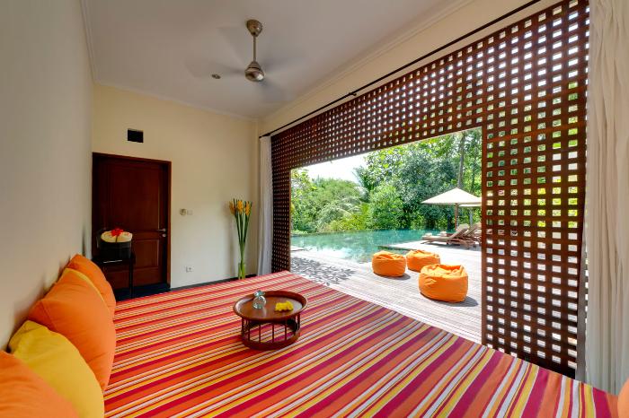 Arsana Estate 232 709600544512 Poolside Massage Room
