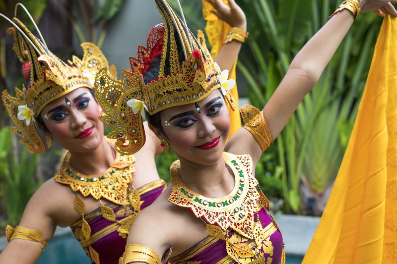 Villa Baganding 234 2989010801100 Beautiful Balinese Dancer