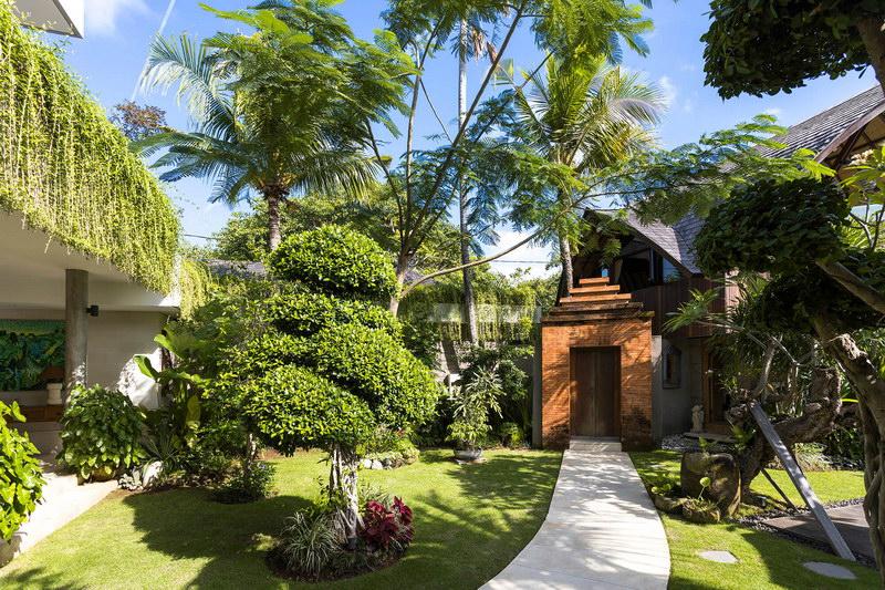 Villa Baganding 234 473820082394 Entrance Walkway