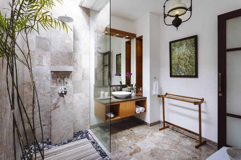 Villa Baganding 234 897434908814 Bathroom Of Bedroom 1 2