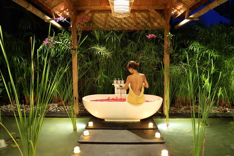 Villa Tangguntiti 238 702133595014 Bathtub