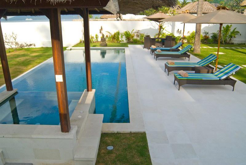 Villa Gita 244 11672848838 Poolside