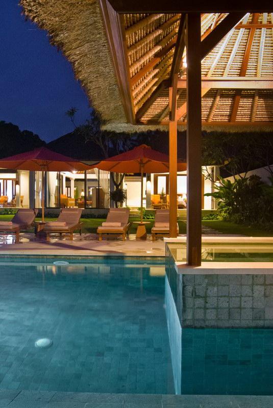 Villa Kaniksa 245 201561195718 Poolside
