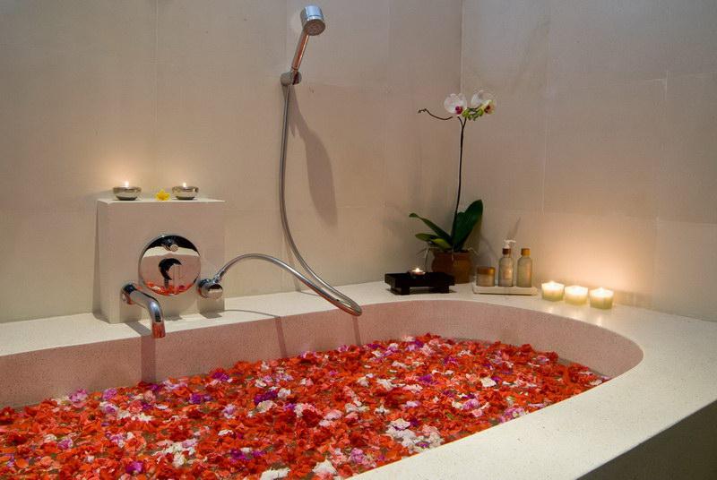 Villa Kaniksa 245 4053227788 Bathtub