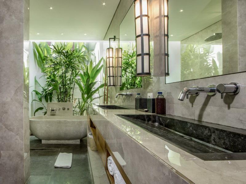 Villa Abagram 260 402456304518 Bathroom