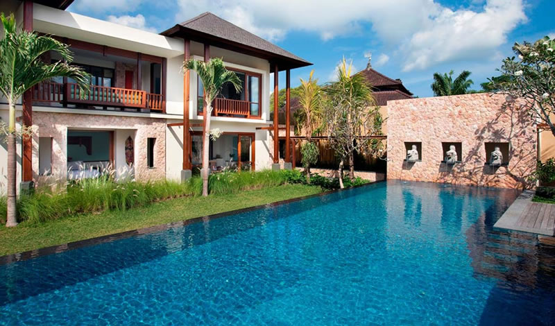 Villa_Satria_The_Pool