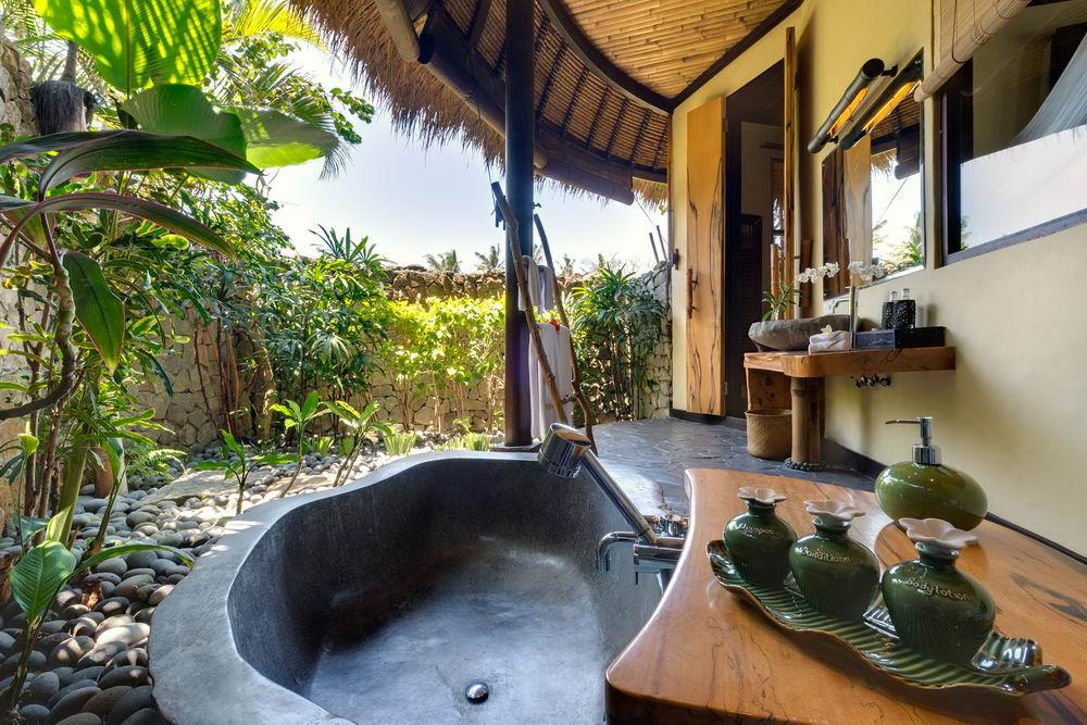 Svadhisthana Ensuite Bathroom