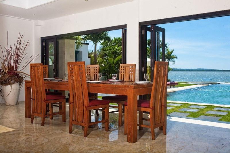 Villa Sunset 52 106370260011