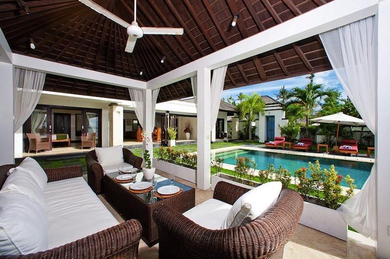Villa Sunset 52 13072624827