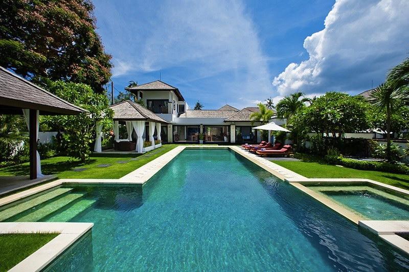 Villa Sunset 52 57503369215