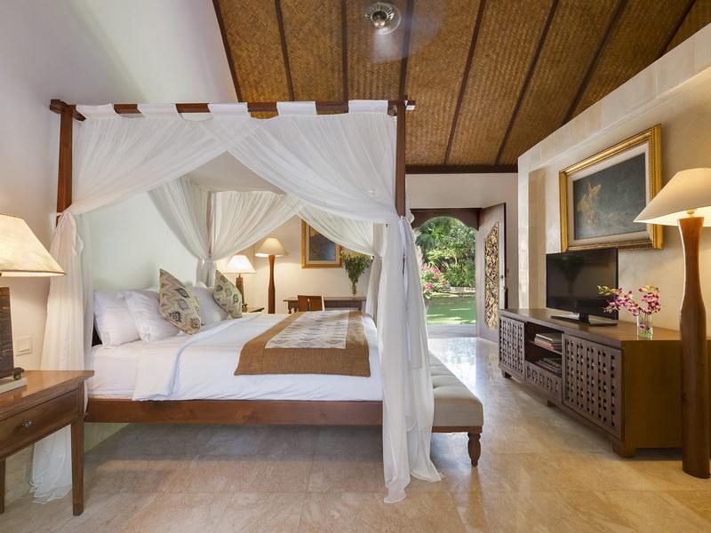 Longhouse Bedroom