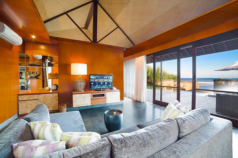 Villa Bayu Gita Beachfront Living Area