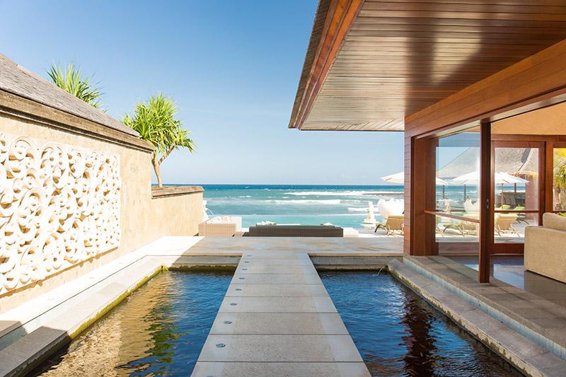 Villa Bayu Gita Beachfront Pathway To Deck