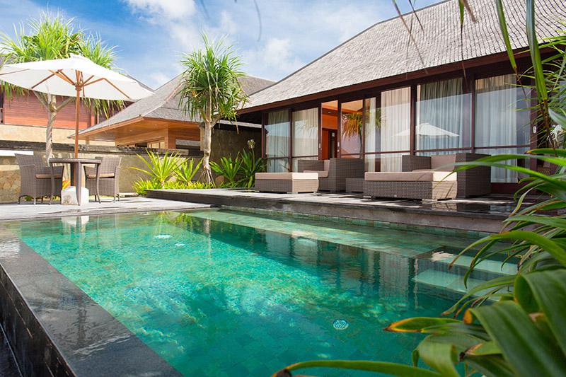 Villa Bayu Gita Beachfront Master Suite One Plunge Pool