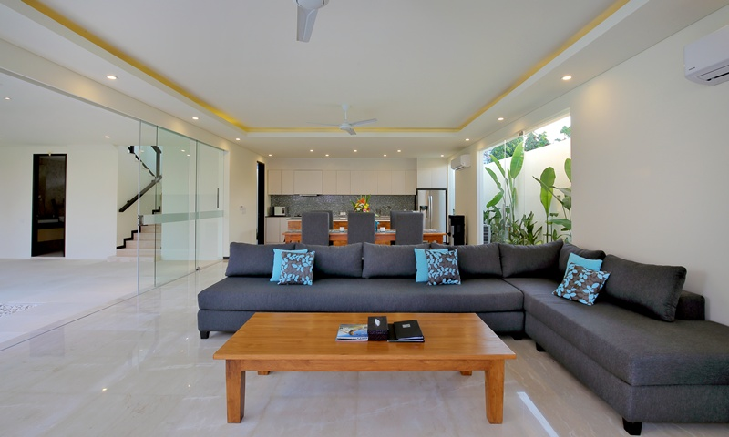 Indoor_Airconditioned_Living_Room_and_L_Shape_Sofa