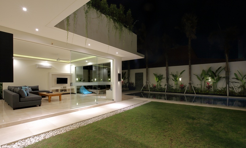 Living_Room_View_From_Garden_At_Night