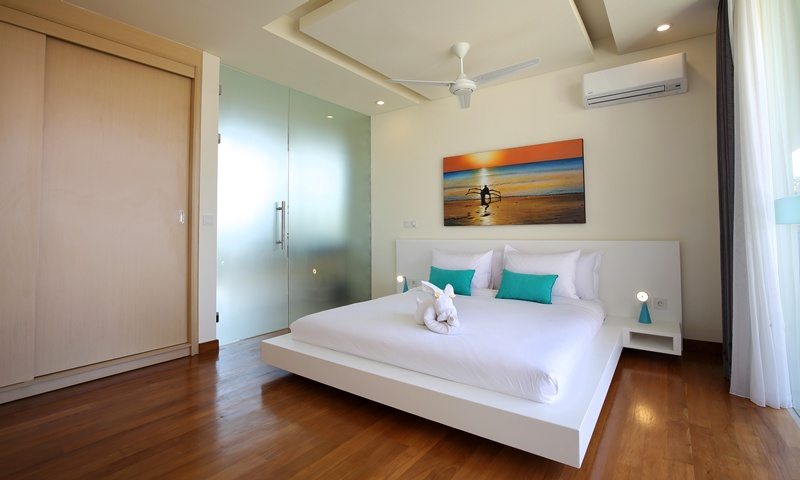 Bedroom_2_with_AC_Ceiling_Fan_Facilities