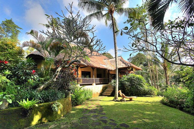 Villa Alamanda Bali