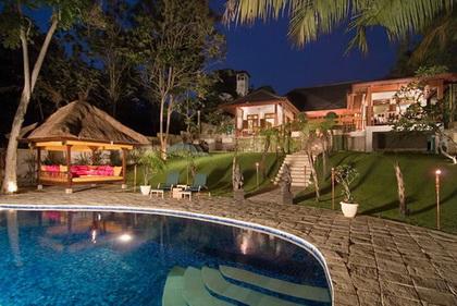 Villa Mako