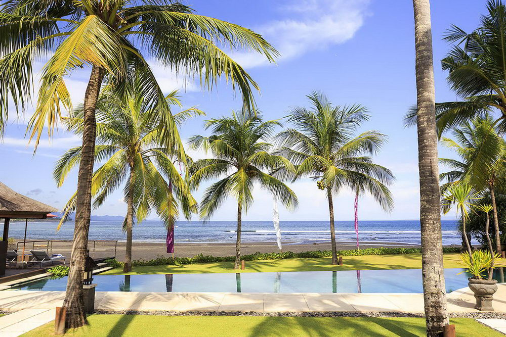 Villa Pushpapuri - 4BR Beachfront Villa on Bali's South-East Coast